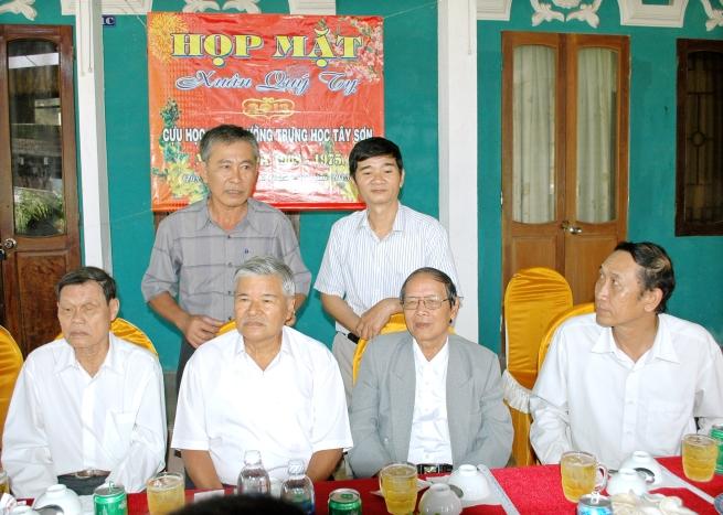 HM mùng 8 tết Quý Tỵ - 17/2/2013 NHĐS11